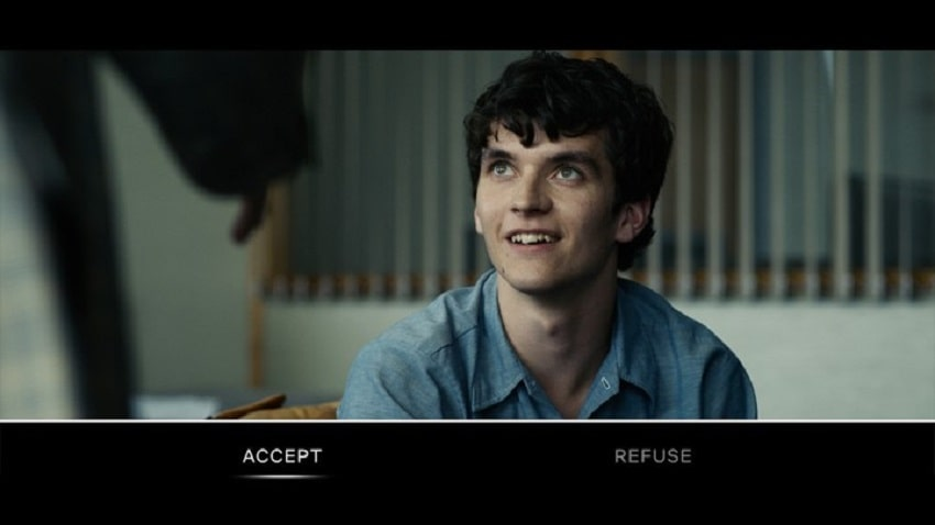 What is Black Mirror Bandersnatch about?